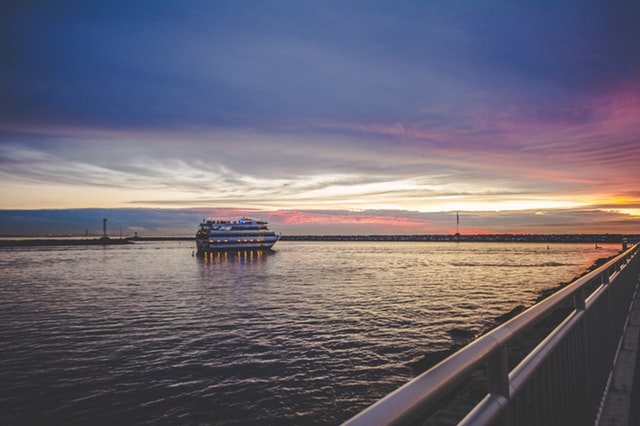 Roundtrip to New Orleans: Cruisin' to the Big Easy